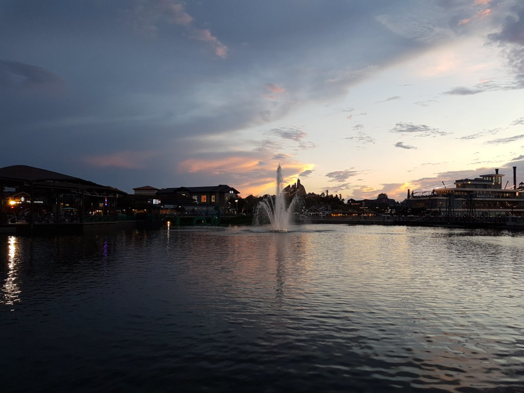 Disney Springs no final do dia