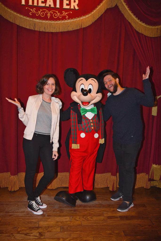 Foto com o Mickey na Festa de Natal do Magic Kingdom
