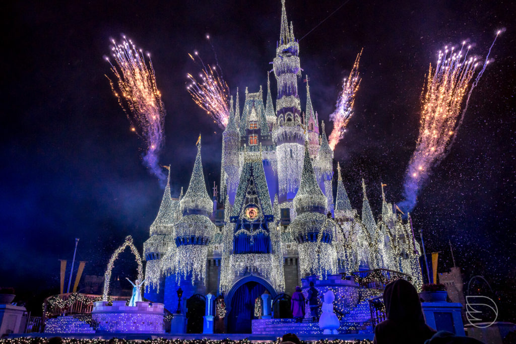 Show Frozen Holiday Wish Magic Kingdom
